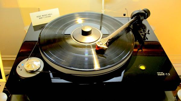 Music Hall Updates Turntable Line For 2016